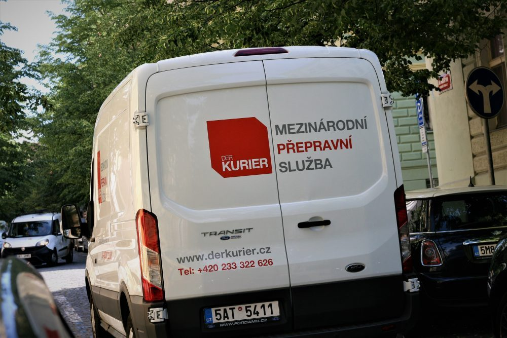 Jak putují zásilky s Der Kurier do Německa?